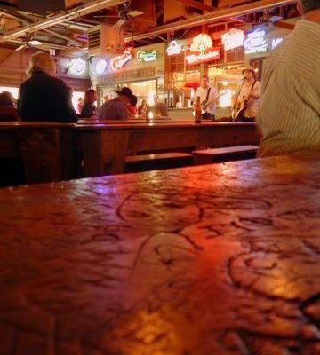 Gruene Hall: A Snake.  A Beer.  A Memory.